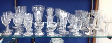 A COLLECTION OF 19TH CENTURY GLASSWARE