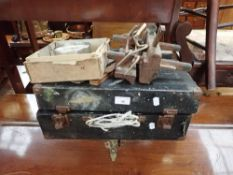 A VINTAGE TOOL BOX CONTAINING TOOLS