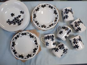 A QUANTITY OF HORNSEA POTTERY 'JIGSAW' WARE