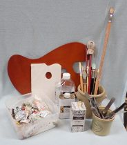 A COLLECTION OF ARTISTS' OIL PAINTING MATERIALS