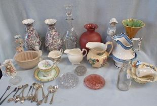 A COLLECTION OF VICTORIAN AND LATER CERAMICS
