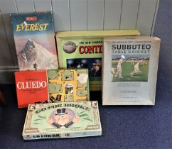 A COLLECTION OF VINTAGE BOARD GAMES