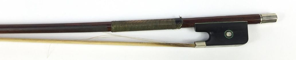 Nickel mounted violin bow with mother of pearl frog impressed Cuniot-Hury, 75cm in length