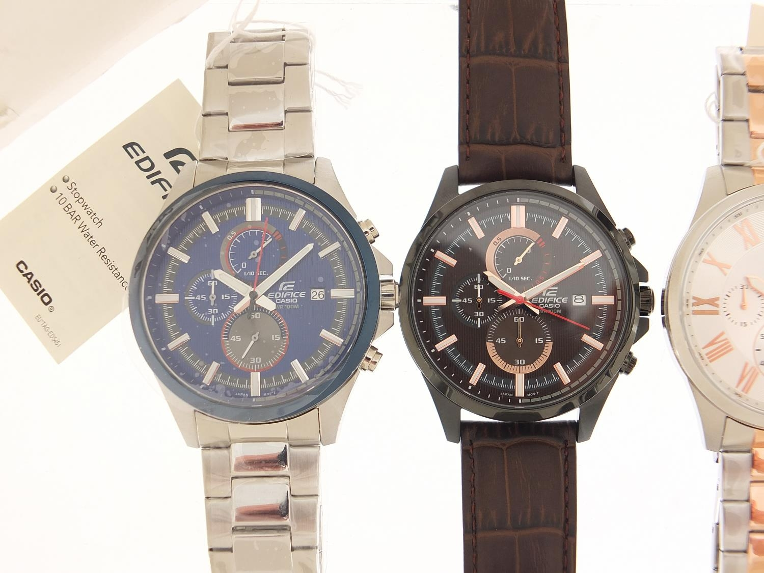 Casio Edifice, three gentlemen's wristwatches with boxes numbered 76E2AU, 776KM0 and 881CK2 :For - Image 2 of 8