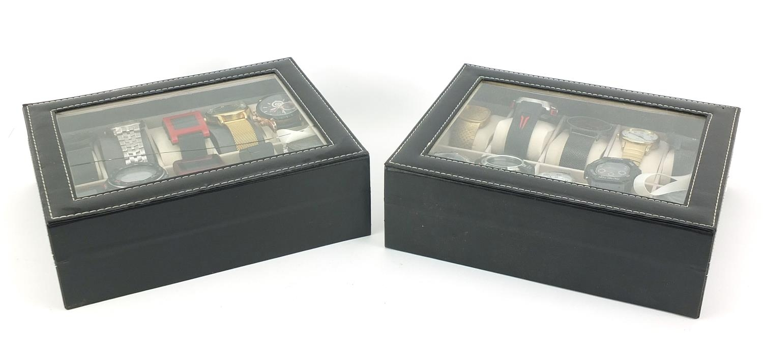 Twenty vintage and later gentlemen's wristwatches housed in two display cases, including Sekonda, - Image 5 of 5