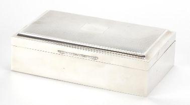 Alexander Clark & Co Ltd, Elizabeth II silver cigar box, the hinged lid with engine turned