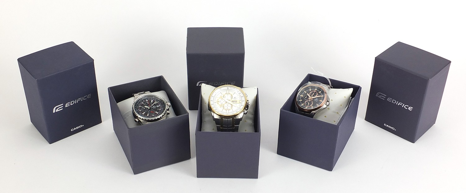 Casio Edifice, three gentlemen's wristwatches with boxes numbered 4044B7, 76E33P and 69C7F7 :For - Image 7 of 7