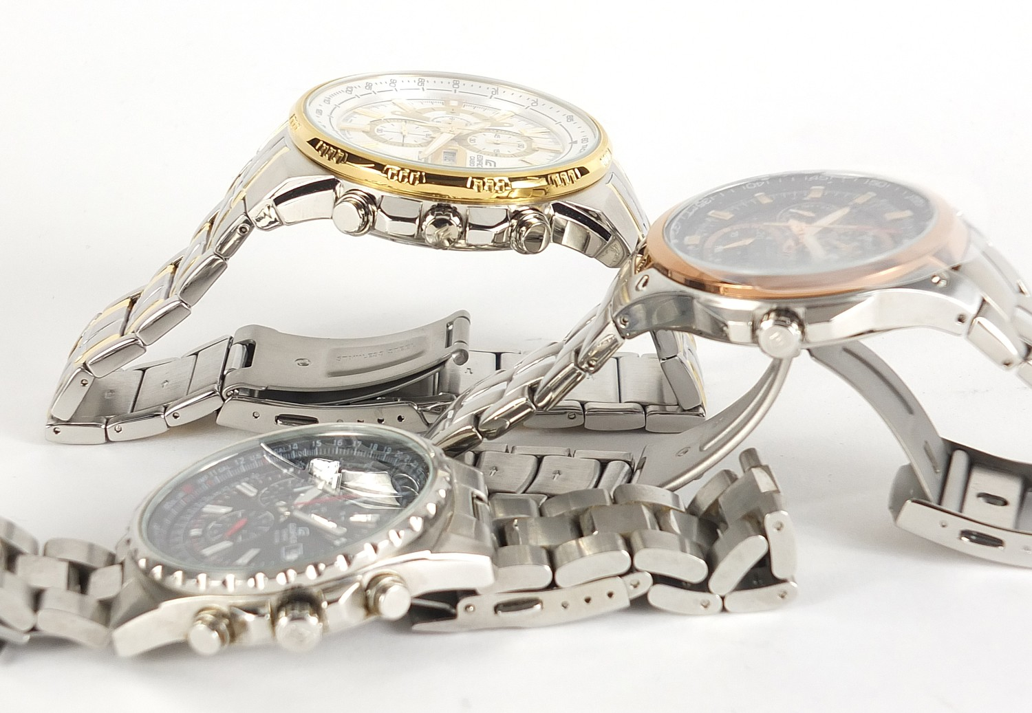 Casio Edifice, three gentlemen's wristwatches with boxes numbered 4044B7, 76E33P and 69C7F7 :For - Image 5 of 7