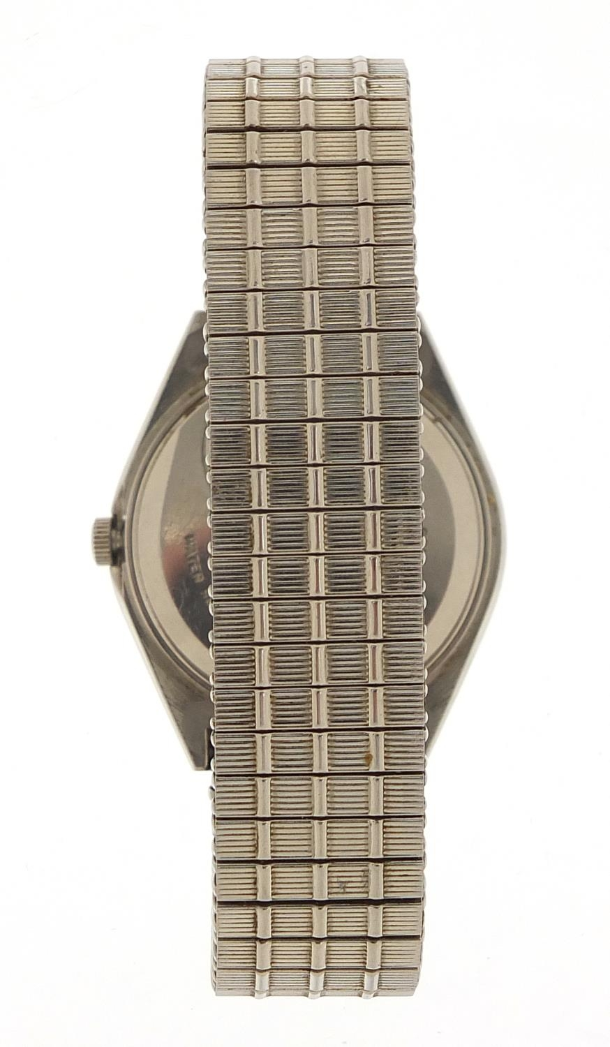 Seiko, vintage gentlemen's quartz wristwatch with day date aperture, numbered 6D0265, 35mm in - Image 6 of 6