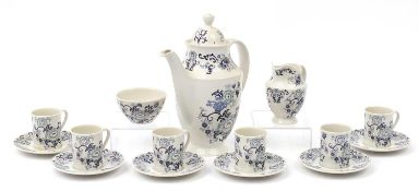 Royal Doulton Nankin six place coffee service, the coffee pot 26cm high : For Further Condition