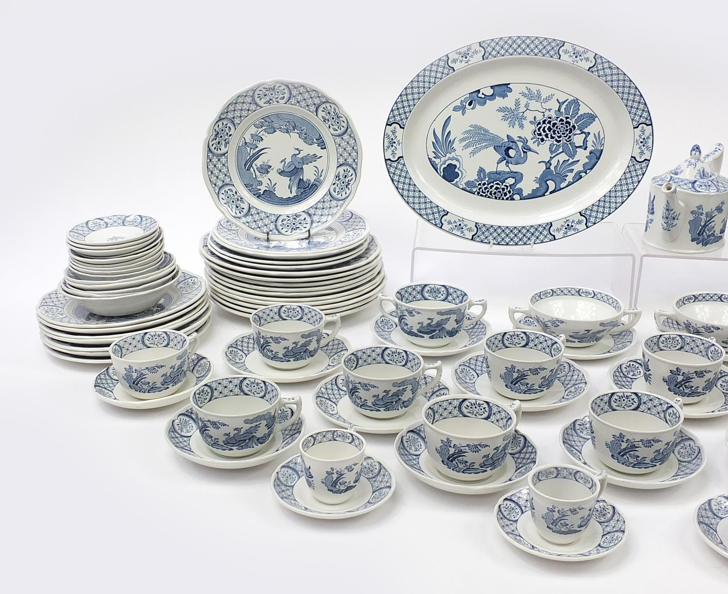 Collection of Furnivals & Masons Old Chelsea dinner and teaware including teapot and stand, cups - Image 2 of 5