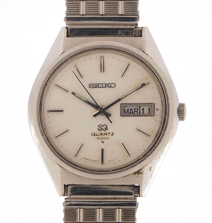 Seiko, vintage gentlemen's quartz wristwatch with day date aperture, numbered 6D0265, 35mm in