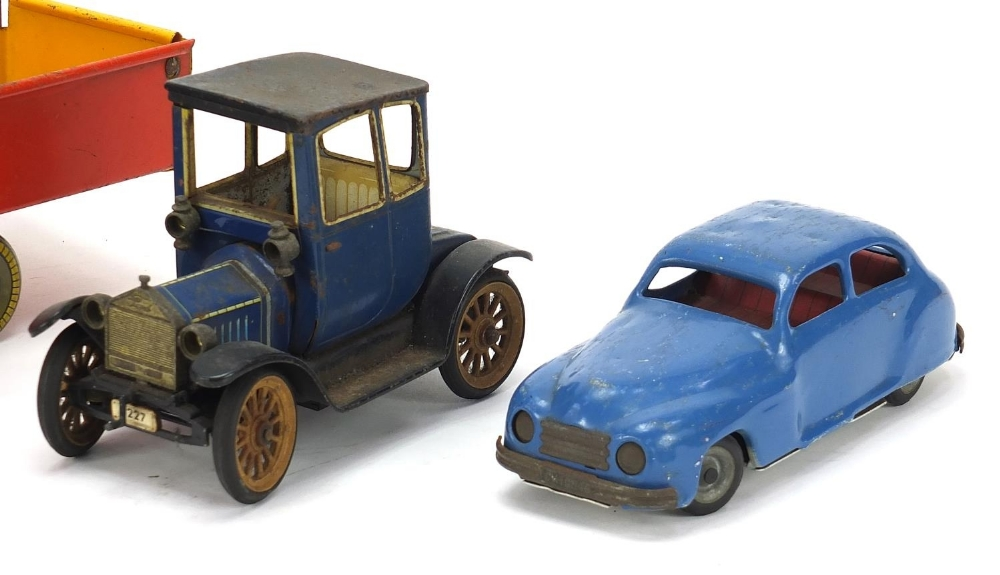 Antique and later tinplate toys comprising a Schuco Ford Coupet 1917, Chad Valley Harborme car and a - Image 3 of 6