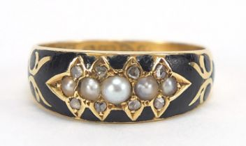 Antique 18ct gold, pearl, diamond and black enamel mourning ring, Chester 1904, size N, 3.6g : For