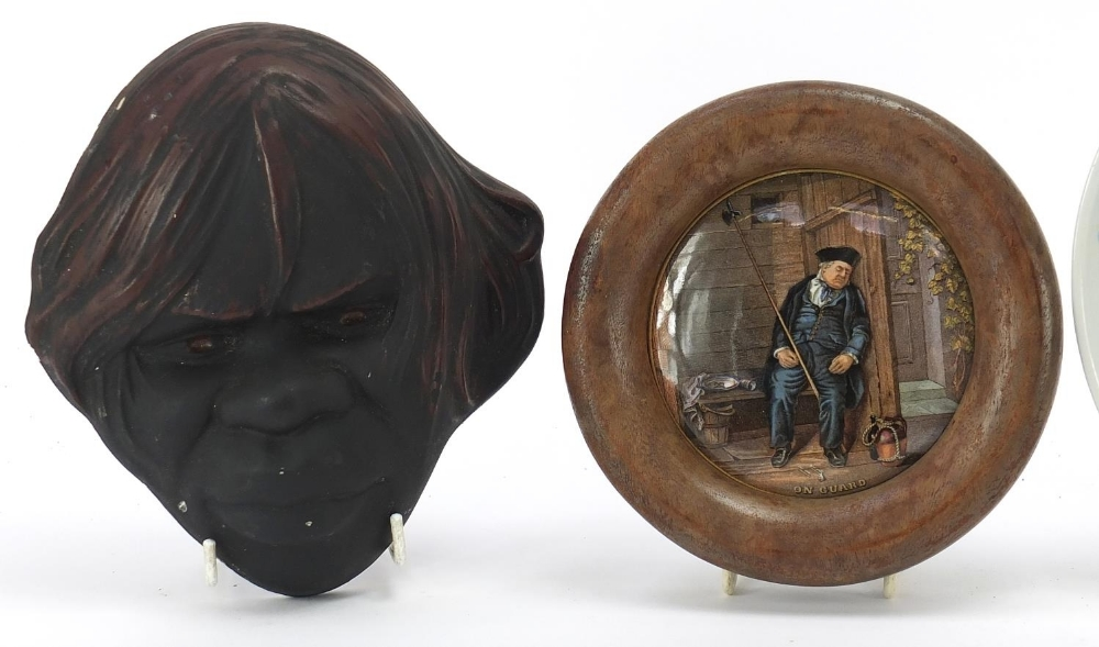Ceramics and a plaster face mask comprising a Prattware pot lid, Chinese plate and two character - Image 2 of 5