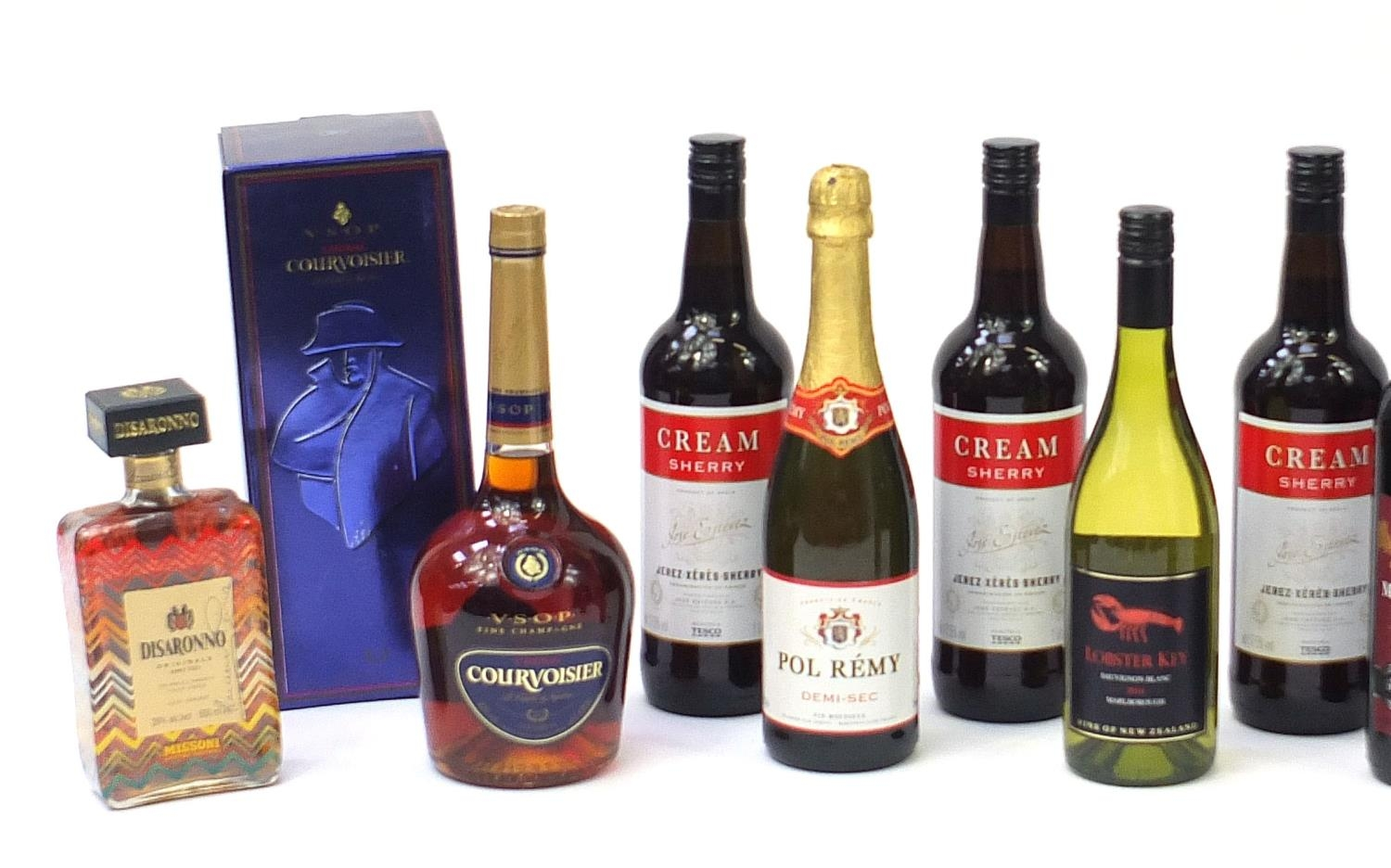 Sixteen bottles of alcohol including one litre bottle of Courvoisier cognac with box, Veuve - Image 3 of 7