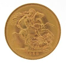 Elizabeth II 1968 gold sovereign - this lot is sold without buyer's premium