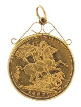 Queen Victoria 1897 gold sovereign, Melbourne mint, with 9ct gold pendant mount, 9.4g - this lot