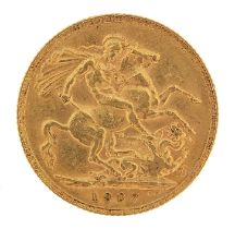 Edward VII 1907 gold sovereign - this lot is sold without buyer's premium