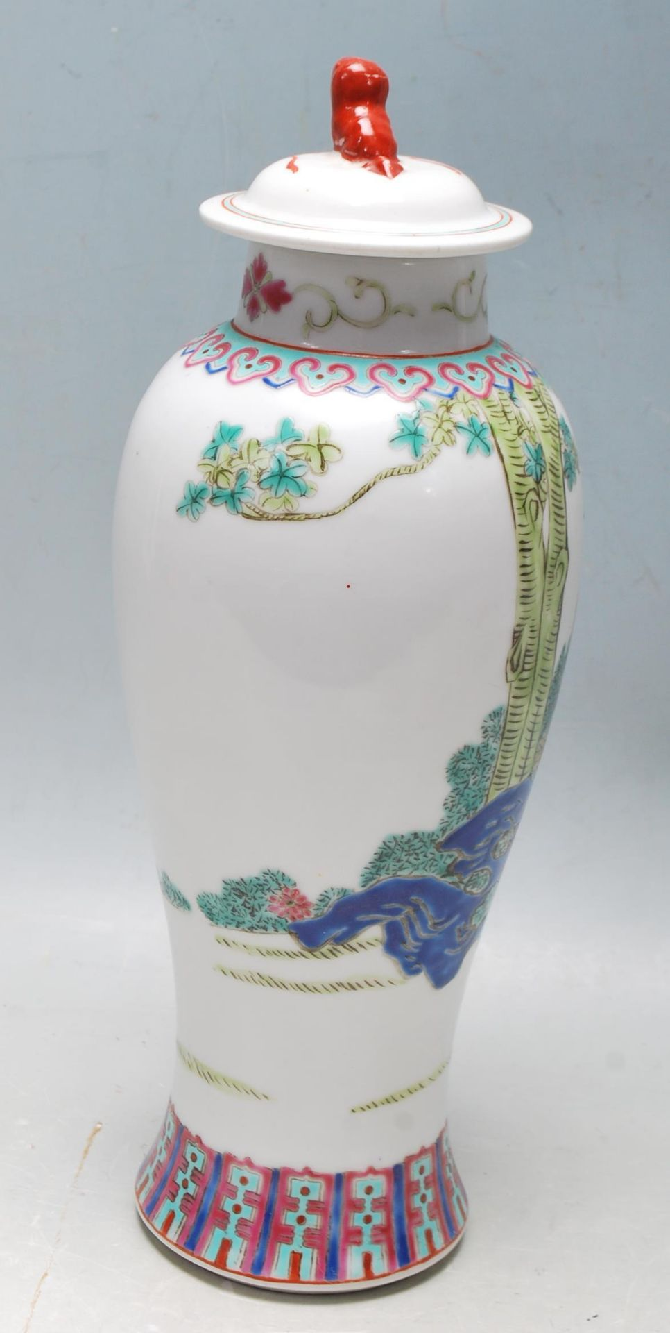 MID 20TH CENTURY FAMILLE ROSE MEIPING VASE - Image 5 of 8