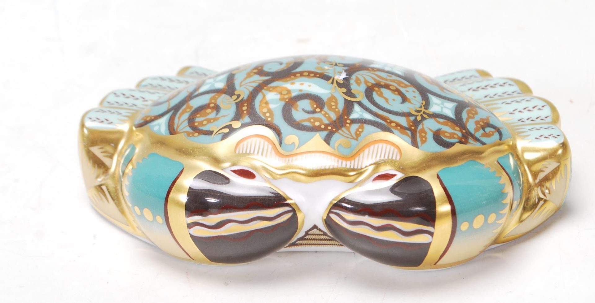 ROYAL CROWN DERBY PAPERWEIGHT IN A FORM OF A CROMER CRAB WITH GOLD STOPPER - Image 2 of 6