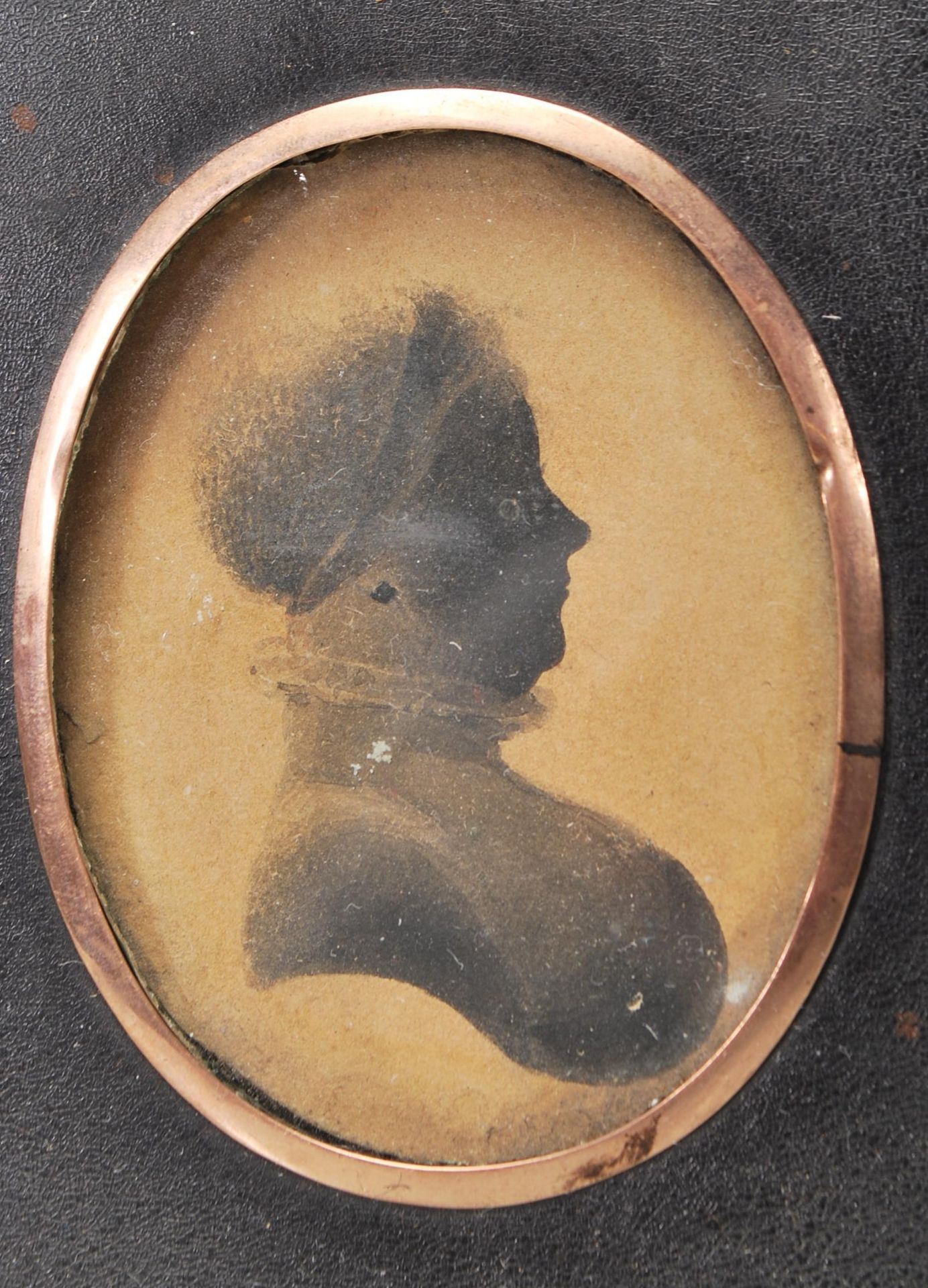 PAIR OF VICTORIAN 19TH CENTURY SIDE PORTRAITS / PORTRAIT MINIATURE - Image 2 of 4