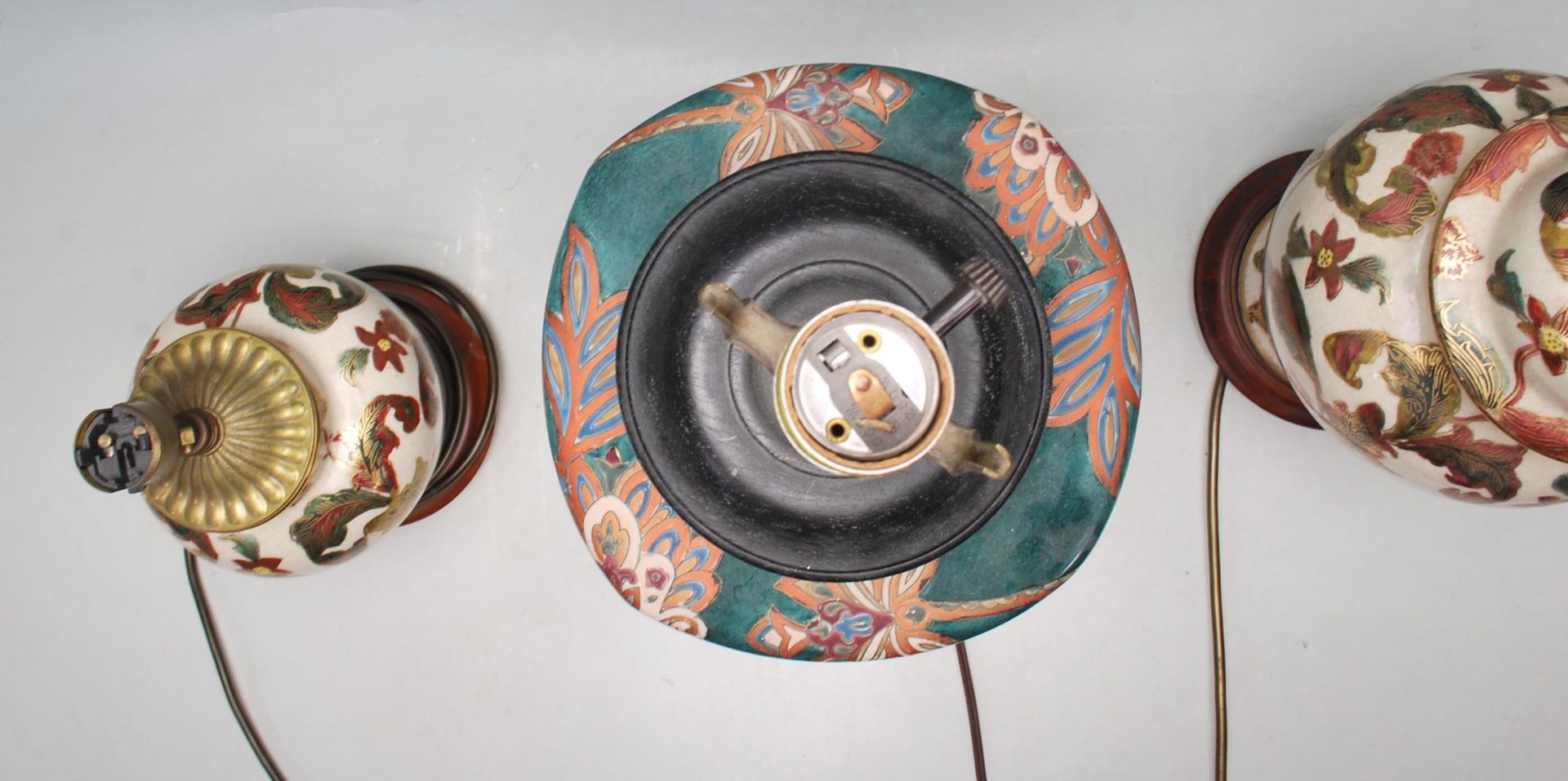 COLLECTION OF KUTANI / FAMILLE ROSE TABLE LAMPS - Image 5 of 7