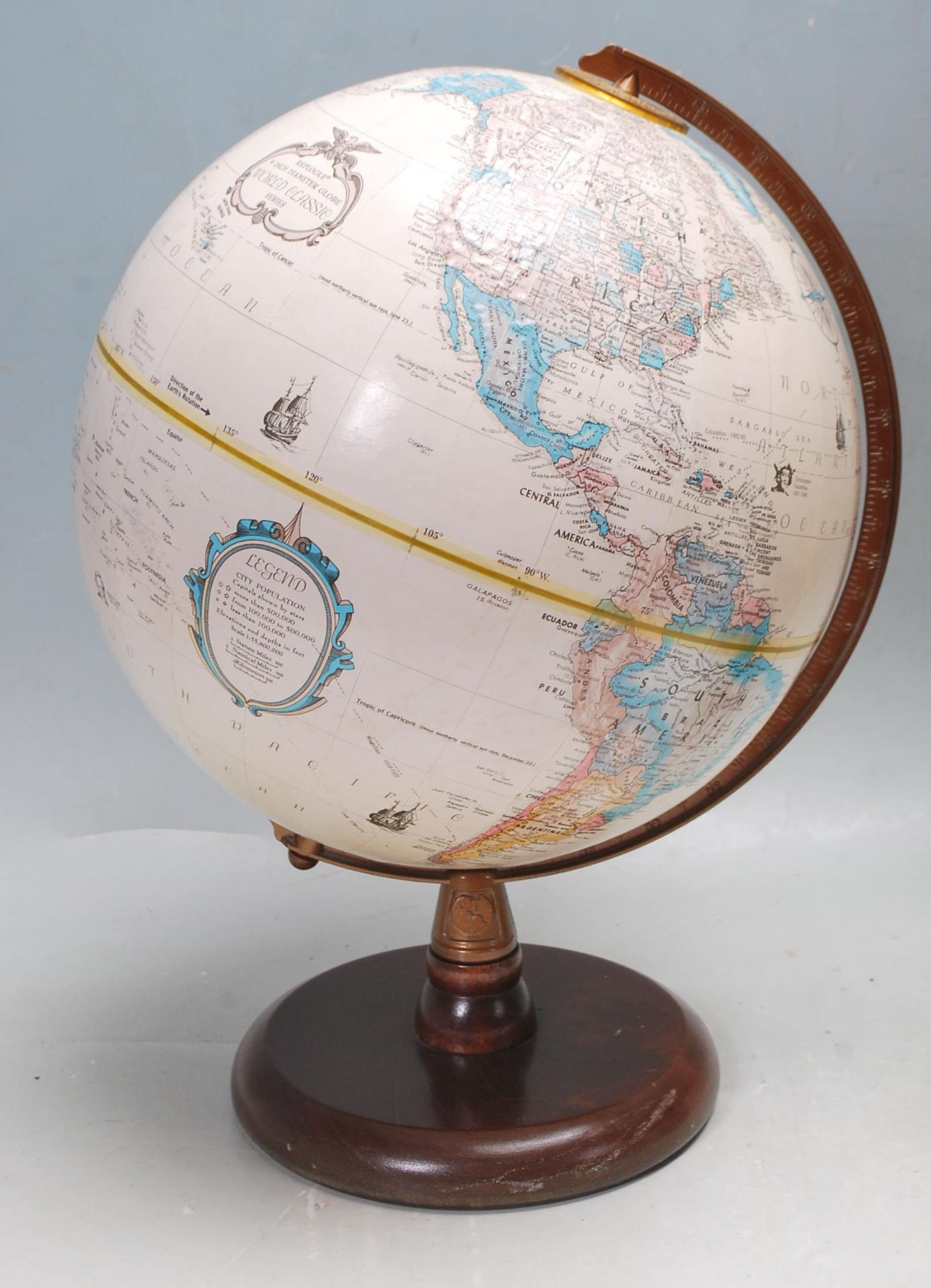 RETRO 20TH CENTURY WOODEN SAILING YACHT TABLE LAMP AND GLOBE - Image 2 of 6