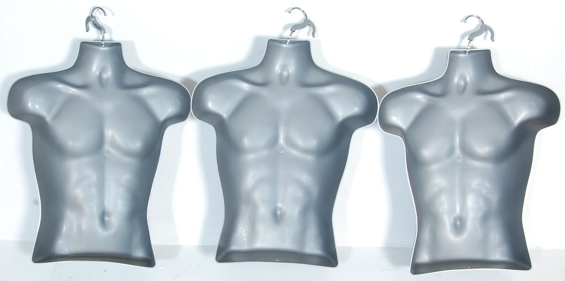 THREE CONTEMPORARY SHIP DISPLAY MALE MANNEQUIN TORSOS - Image 5 of 5