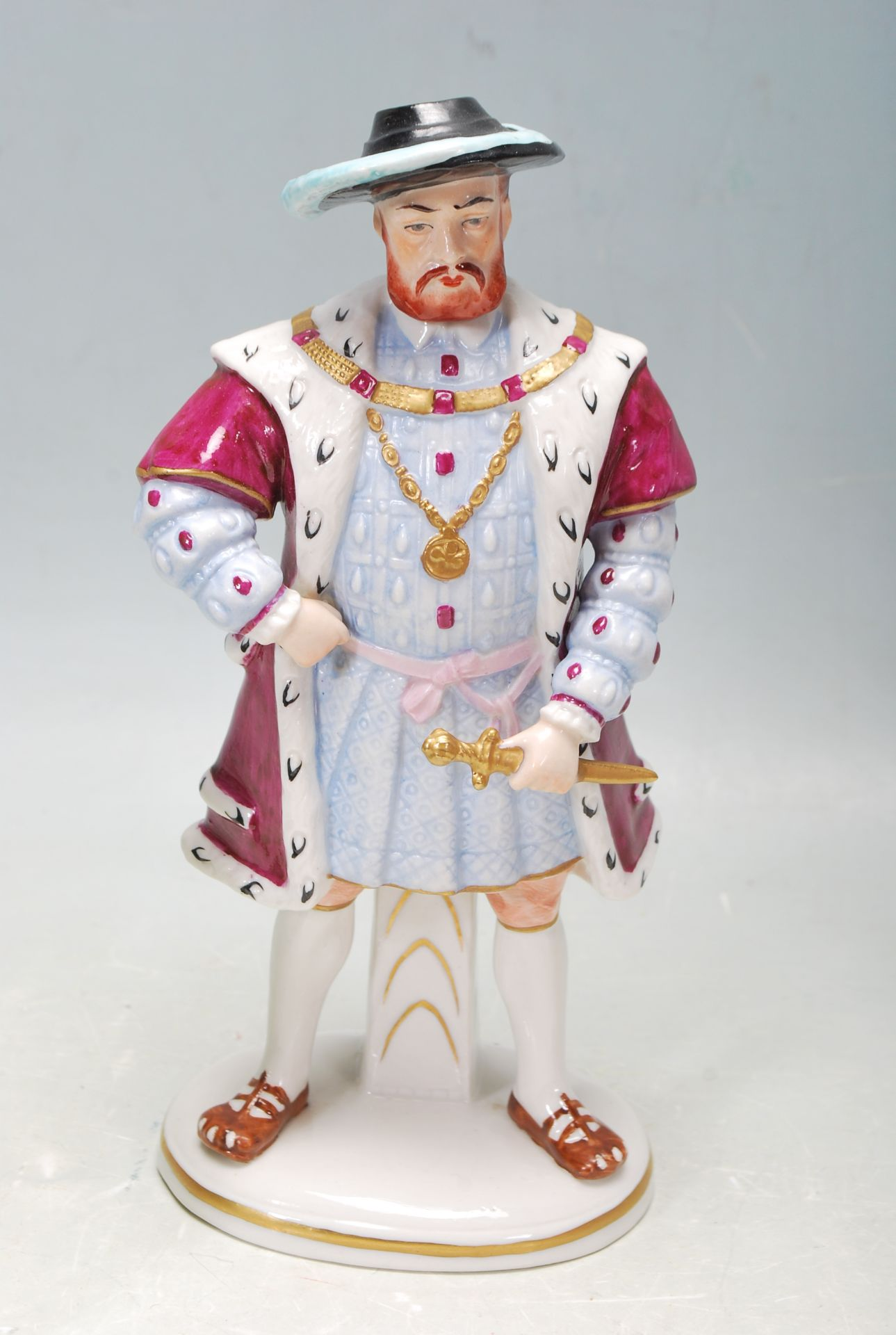 COLLECTION OF SEVEN SITZEDORF CERAMIC PORCELAIN FIGURINES OF HENRY VIII AND HIS SIX WIVES - Image 6 of 8