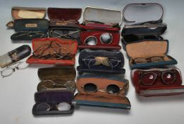 LARGE QUANTITY OF ANTIQUE AND VINTAGE SPECTACLES