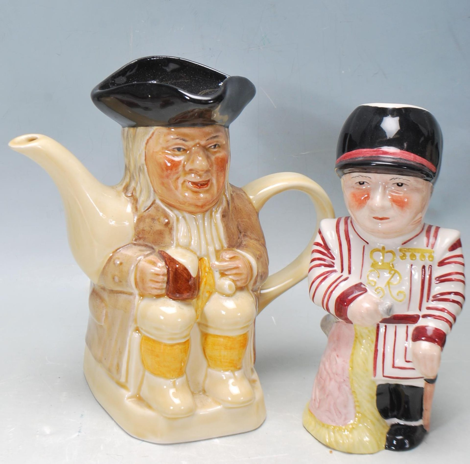 LARGE GROUP OF 20TH CENTURY CERAMIC TOBY JUGS - Image 5 of 9