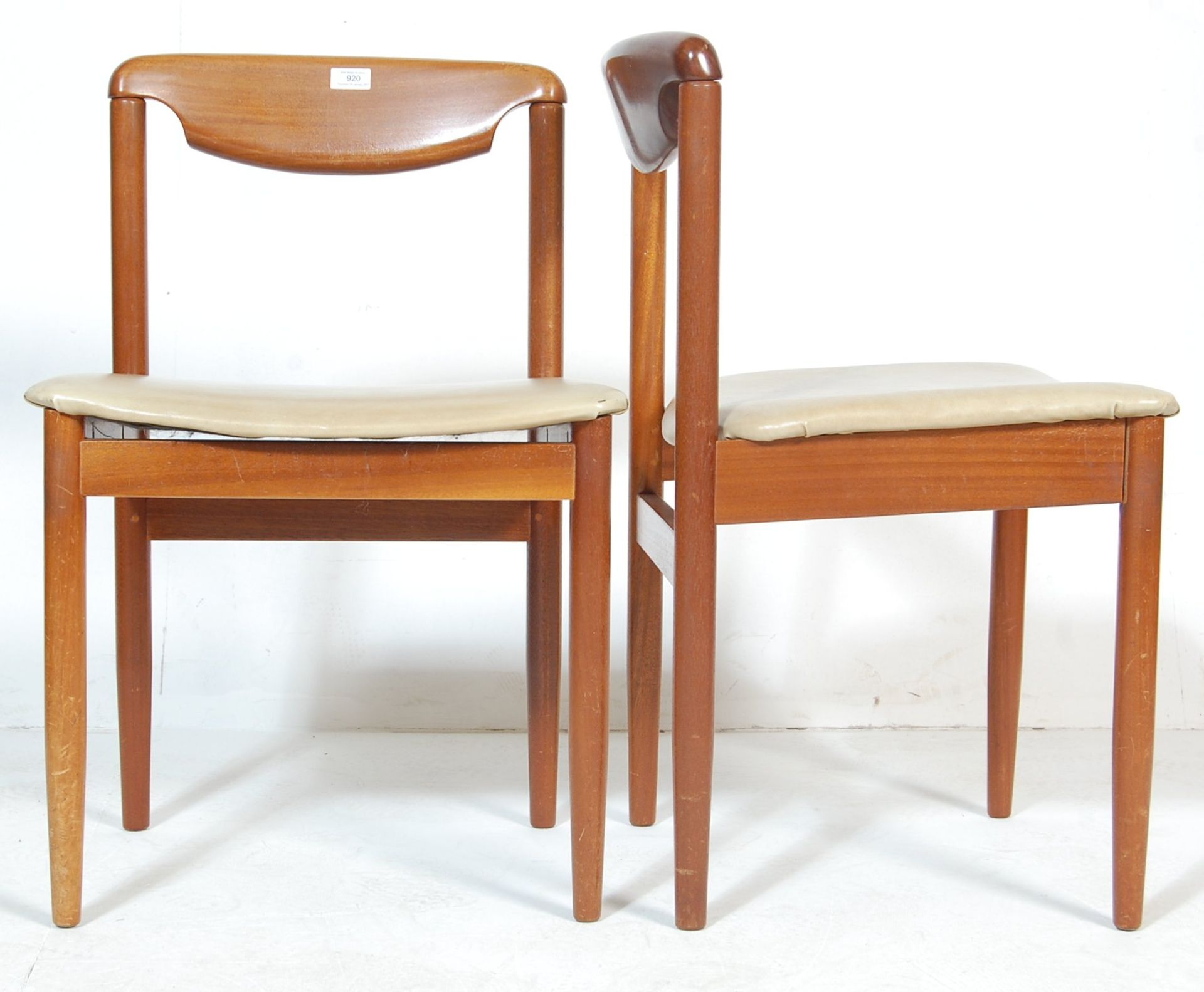 FOUR RETRO TEAK WOOD DINING CHAIRS WITH LEATHER SEATS - Image 4 of 5