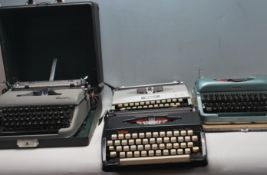 COLLECTION OF VINTAGE LATE 20TH CENTURY TYPEWRITERS