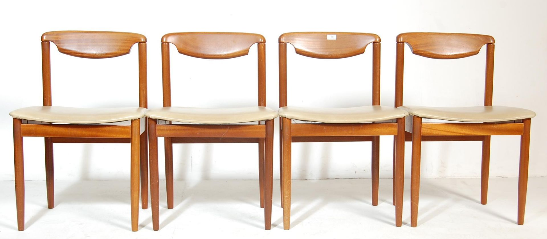 FOUR RETRO TEAK WOOD DINING CHAIRS WITH LEATHER SEATS