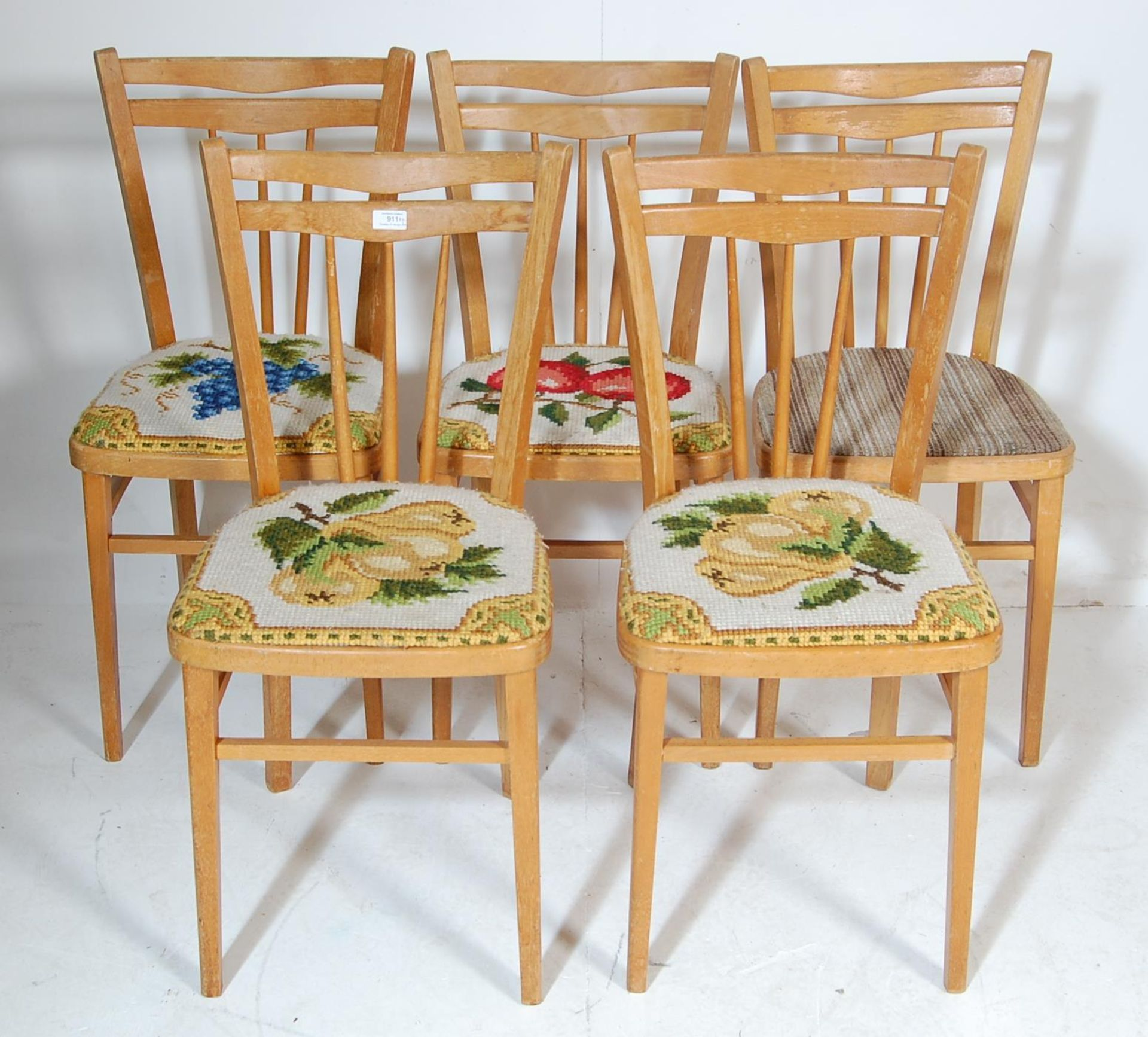 FIVE RETRO 20TH CENTURY DINING CHAIRS / KITCHEN CHAIRS - Image 2 of 5