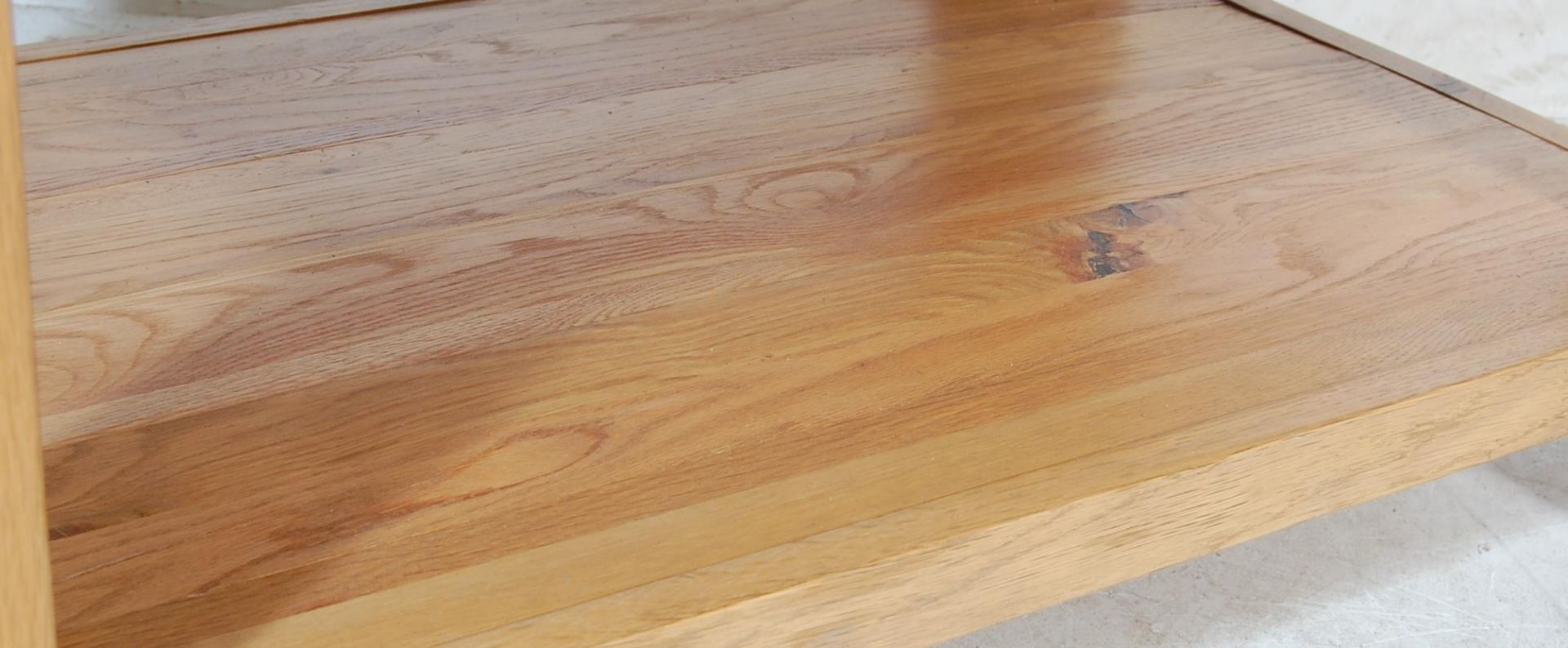 CONTEMPORARY OAK FURNITURE LAND COFFEE TABLE - Image 3 of 3