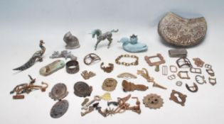 COLLECTION OF ANTIQUE AND LATER METAL DETECTOR FINDS