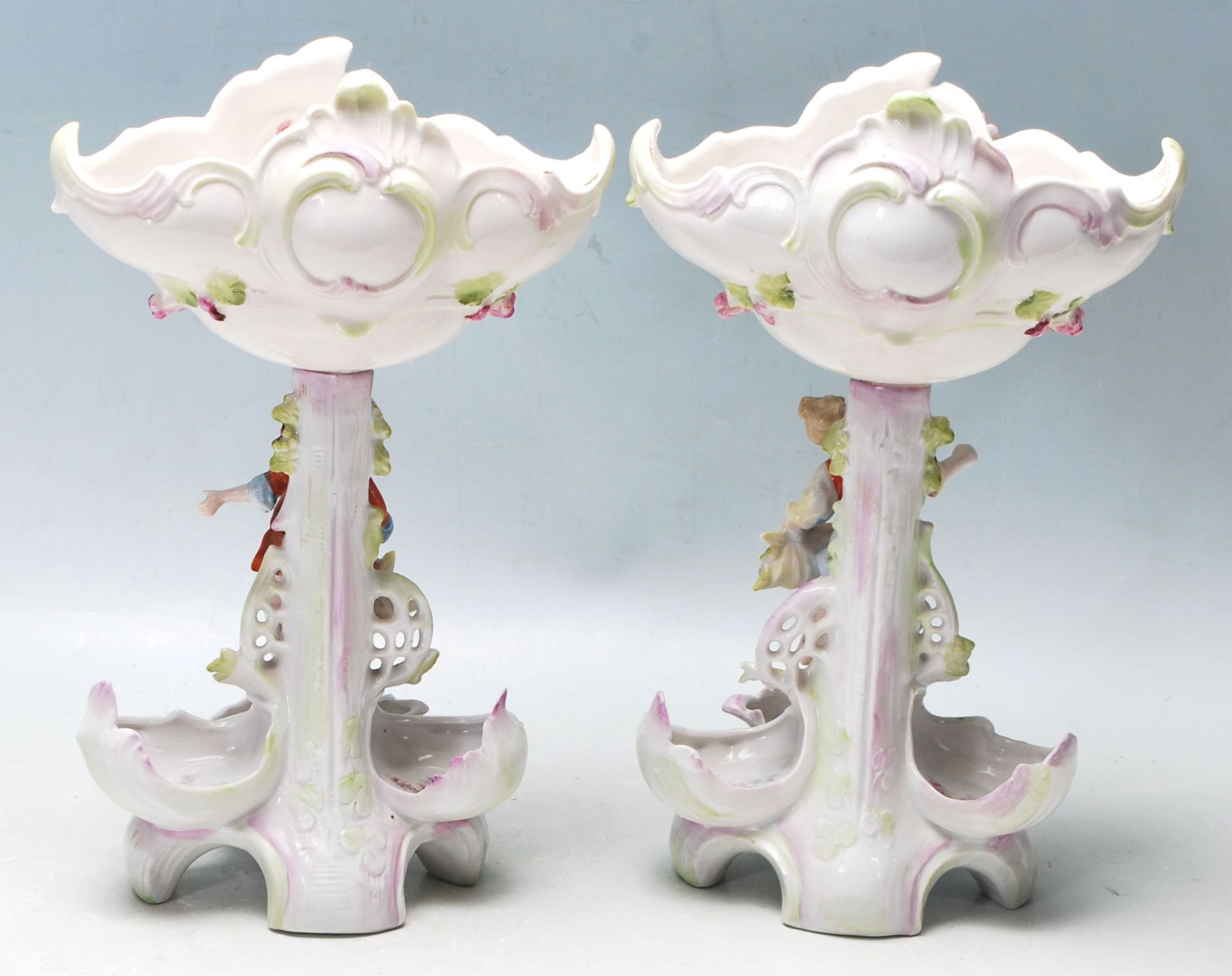 19TH CENTURY VICTORIAN GERMAN PORCELAIN CENTRE PIECES - Image 6 of 7