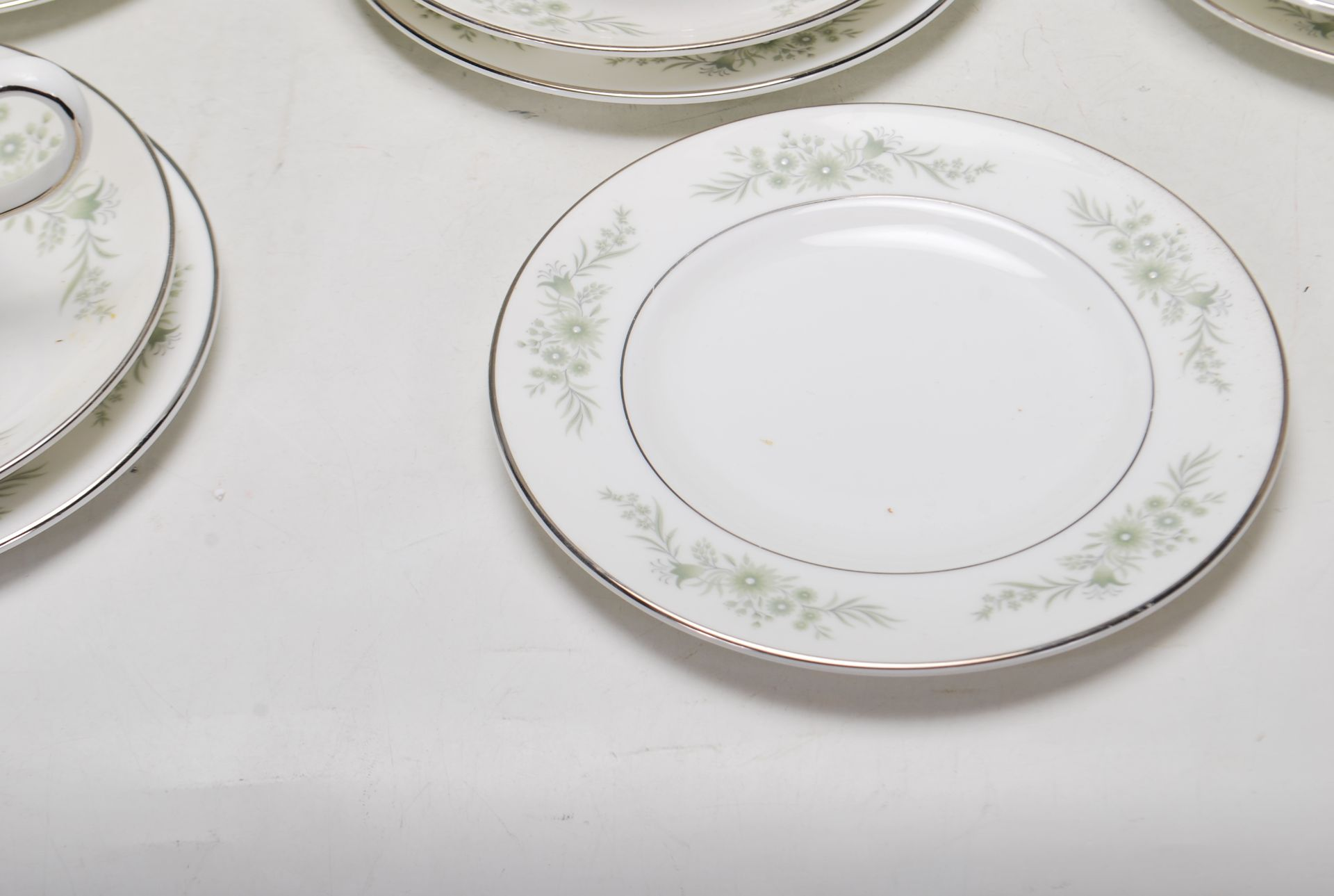 COLLECTION OF LATE 20TH CENTURY WEDGWOOD FINE BONE CHINA - Image 4 of 9