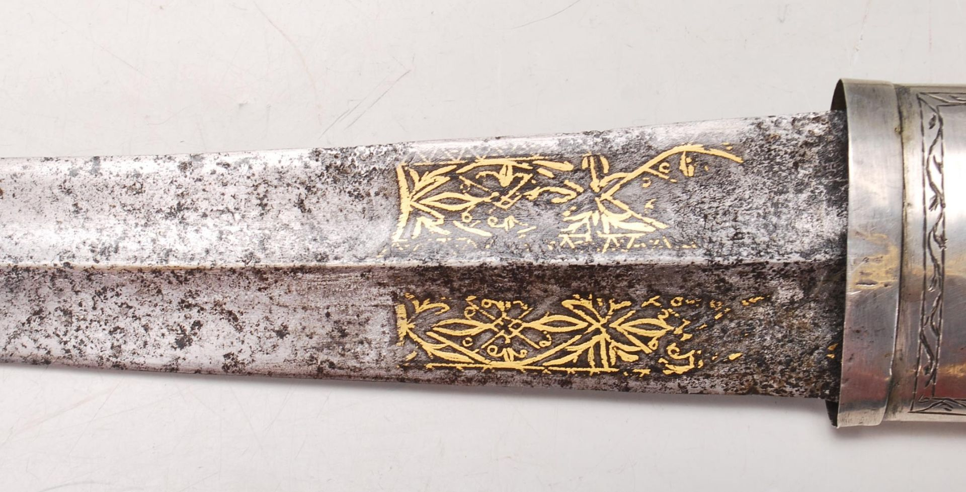 ANTIQUE PERSIAN ISLAMIC CEREMONY DAGGER - Image 5 of 7