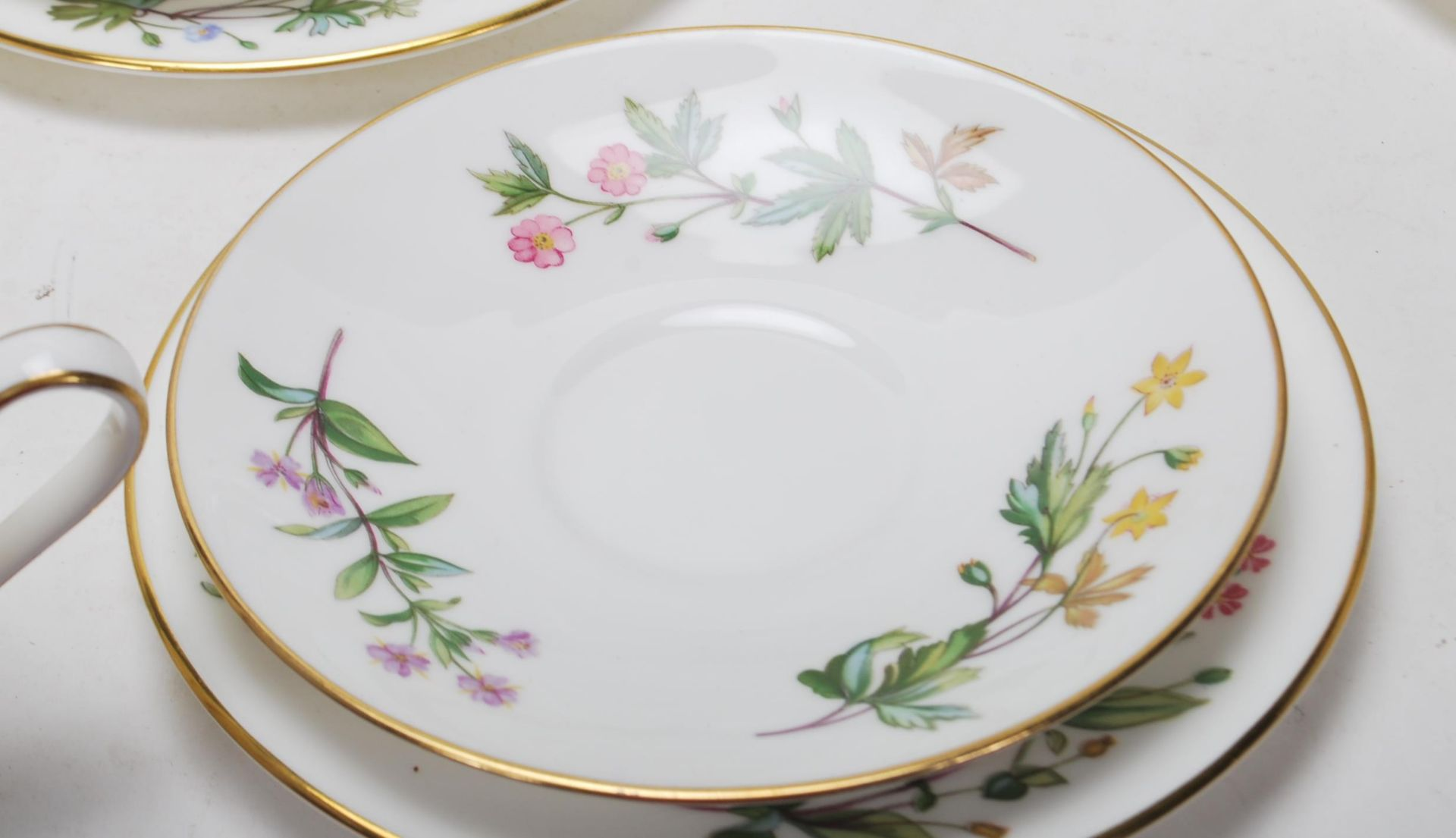 MINTON MEADOW PATTERN BONE CHINA TEA SERVICE - Image 5 of 12