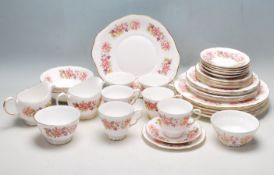 COLCLOUGH WAYSIDE PATTERN DINNER SERVICE