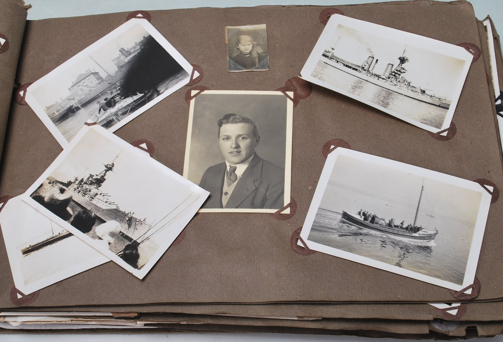 EARLY 20TH CENTURY BLACK AND WHITE PHOTO ALBUM - Image 4 of 14