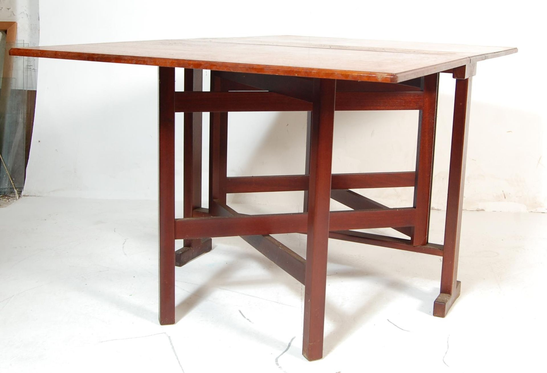 VINTAGE 20TH CENTURY TEAK WOOD DANISH INSPIRED DROP LEAF DINING TABLE - Image 2 of 5