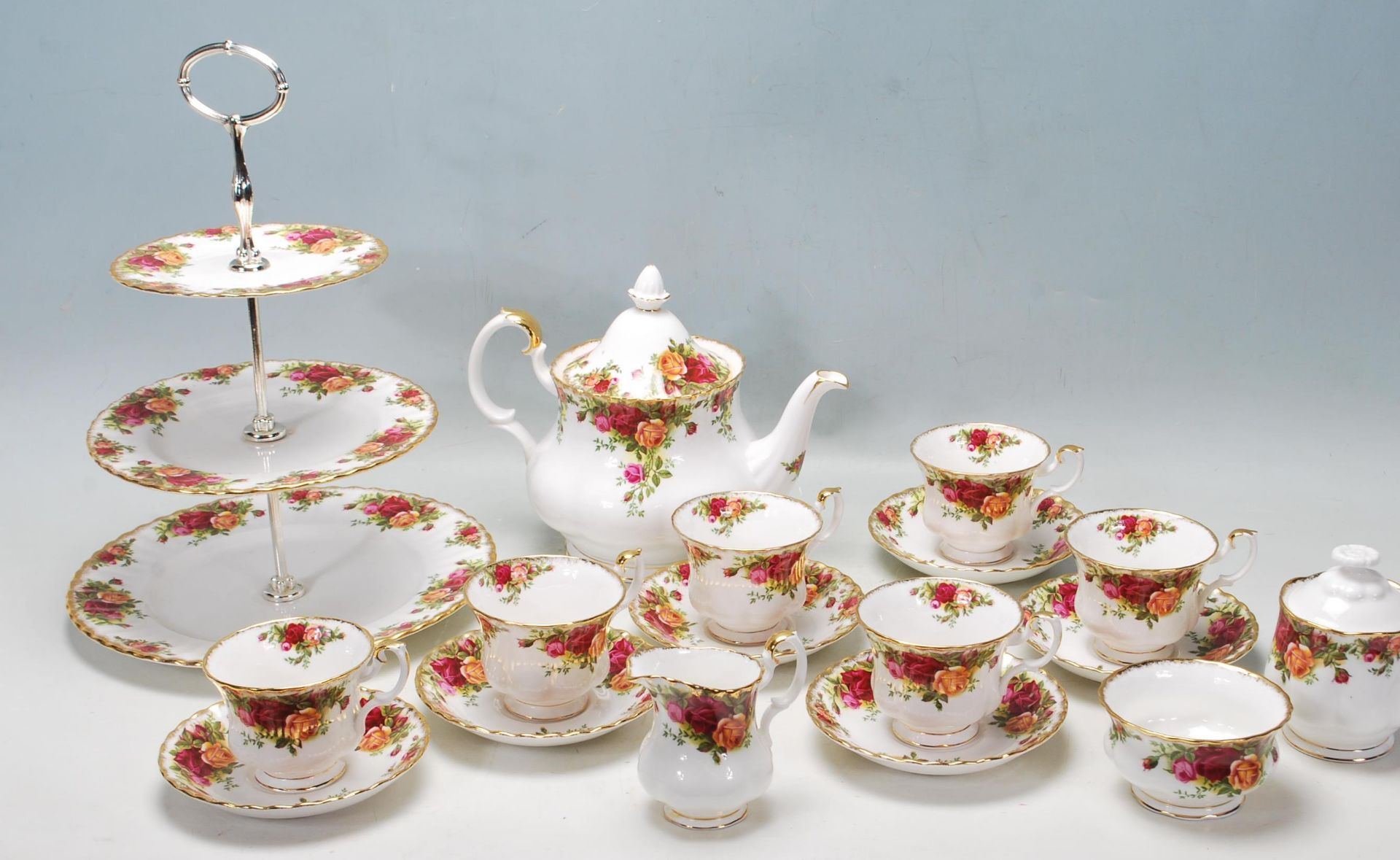 ROYAL ALBERT OLD COUNTRY ROSES TEA SET -TEA SERVICE