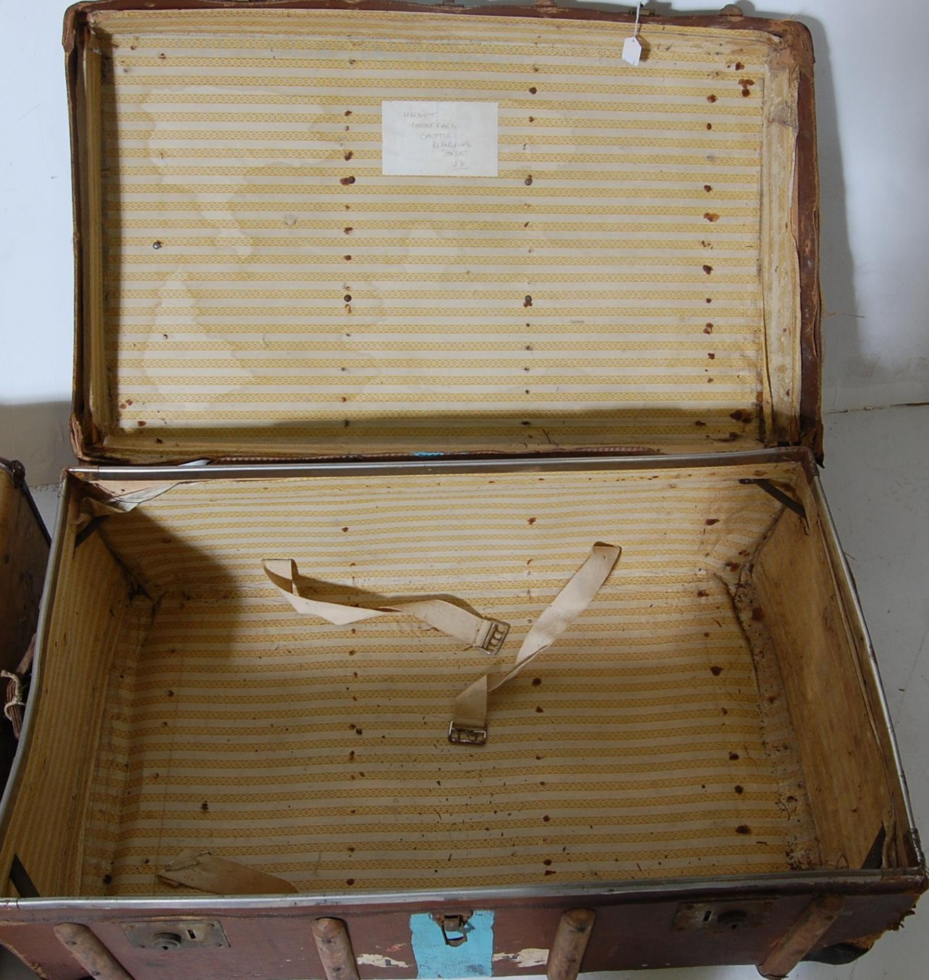 COLLECTION OF THREE EARLY 20TH CENTURY STEAMER TRUNKS - Image 10 of 12