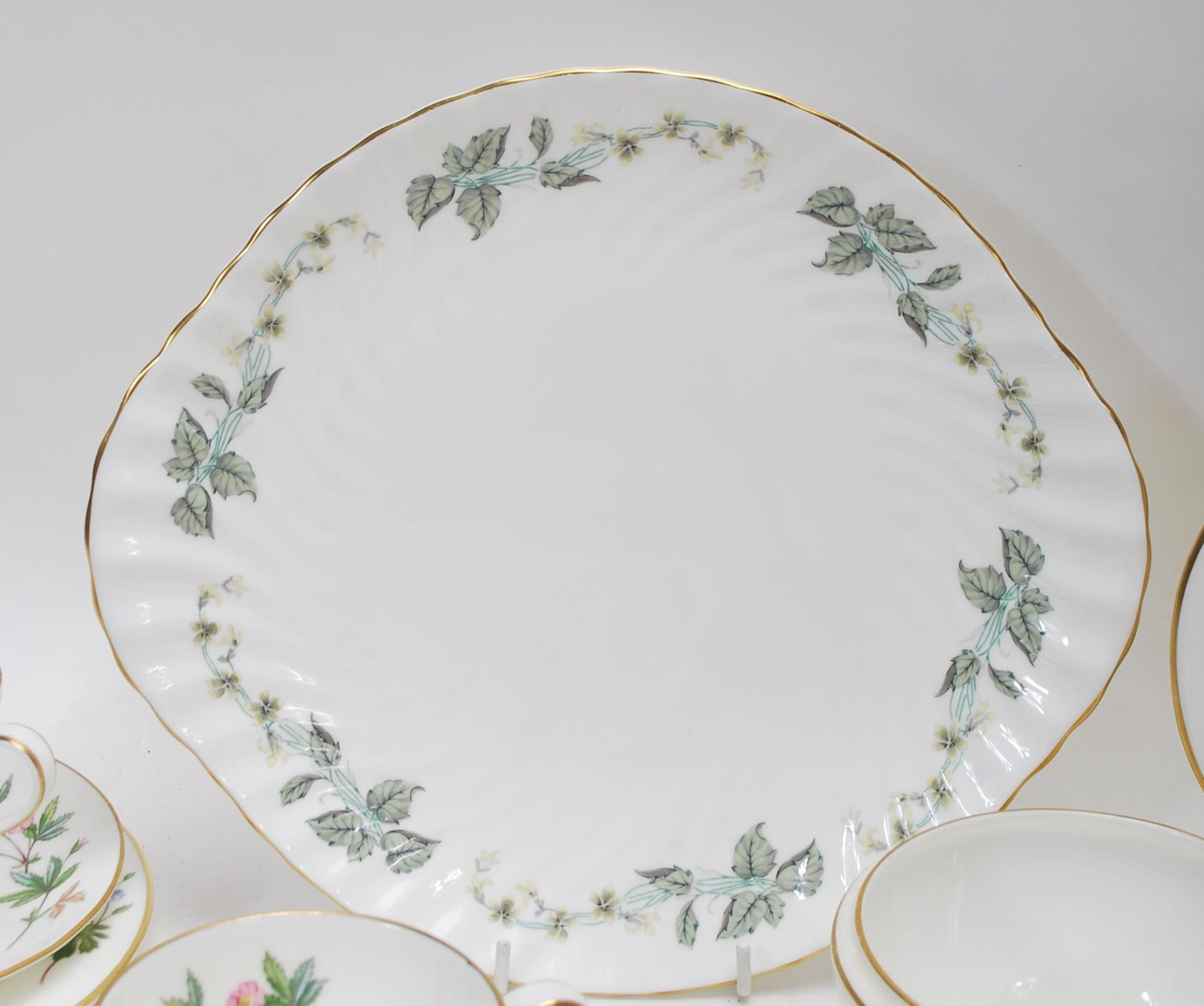 MINTON MEADOW PATTERN BONE CHINA TEA SERVICE - Image 9 of 12