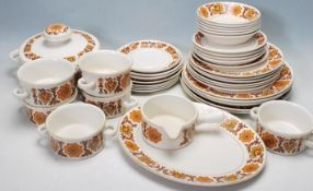 RETRO VINTAGE MIDWINTER WOODLAND DINNER SERVICE