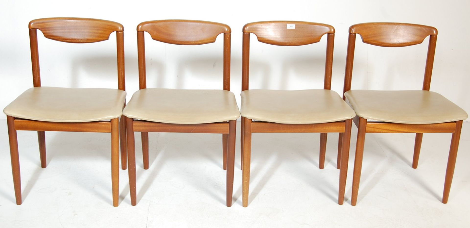 FOUR RETRO TEAK WOOD DINING CHAIRS WITH LEATHER SEATS - Image 2 of 5